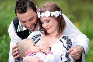 Breast-feeding-CRAVIT